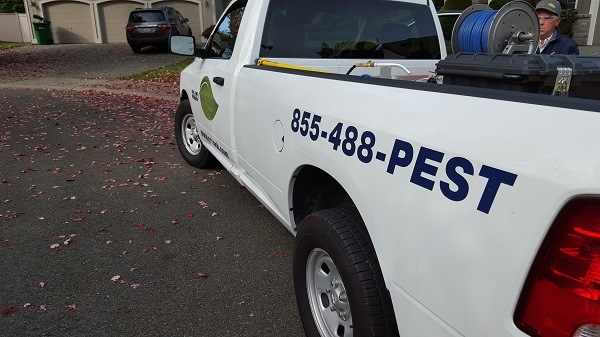Gresham, OR Pest Control Service Vehicle